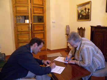 La Parroquia y las religiosas Adoratrices firmaron convenio de colaboración